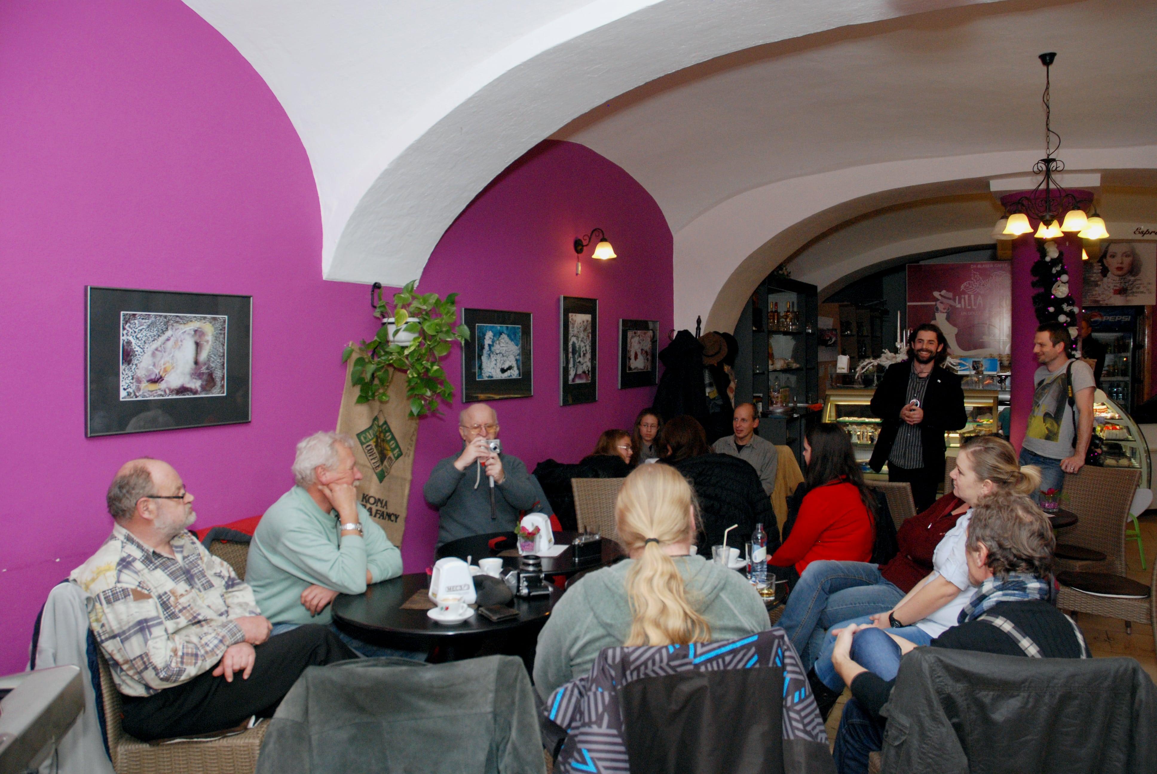 klubové stretko a otvorenie výstavy Kolorgie
